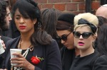 1163269-amy-winehouse-funeral-617-409