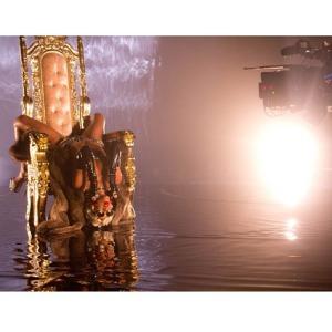 rihanna-pour-it-up-video-7
